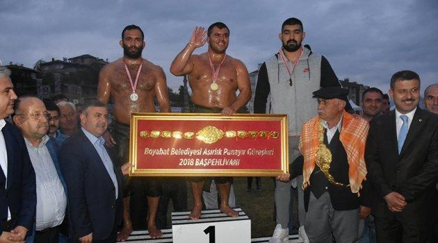 Boyabat Belediyesi Yağlı Güreşleri Sona Erdi