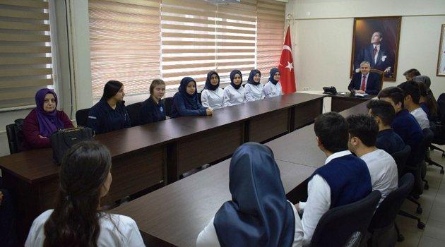 Boyabat'ta 18 öğrenciye Avrupa'da staj hakkı müjdesi