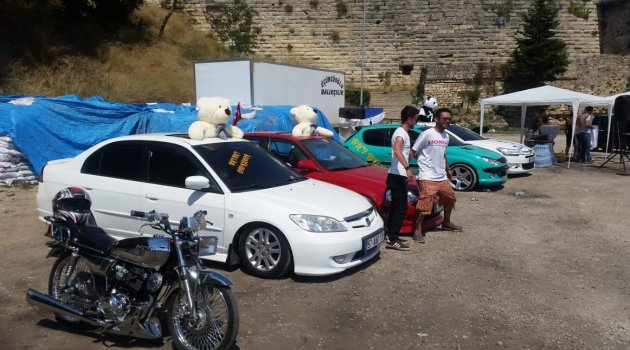 Modifiye araç tutkunları Sinop'ta buluştu