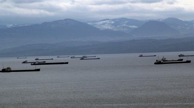 Sinop'ta deniz ulaşımına kötü hava engeli