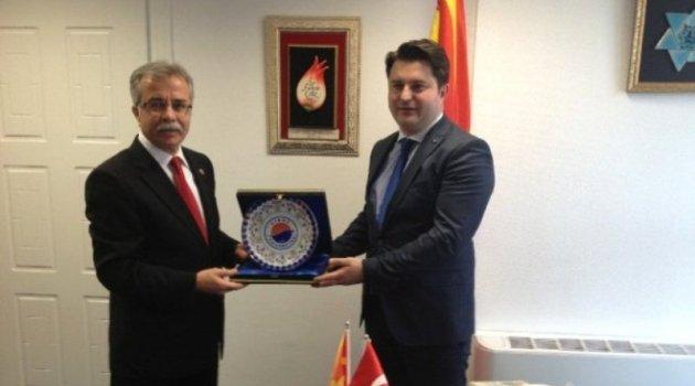 Rektör Bircan Makedon Bakan ile Görüştü