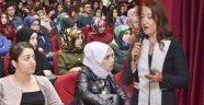"""Sinop'ta """"Kimliğim, Savunmalarım, Ailem"""" konferansı düzenlendi"""