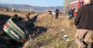 Sinop'ta otomobil su kanalına devrildi: 3 yaralı