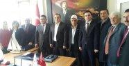 AK Parti'den Kızılay Ziyareti
