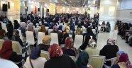 """Boyabat'ta """"Bilinçli Aile Duyarlı Gençlik"""" konferansı"""