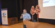 """Boyabat'ta """"İslam Bizim Neyimiz Oluyor"""" konulu konferansı"""