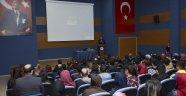Üniversitede Ermeni Meselesi Ele Alındı